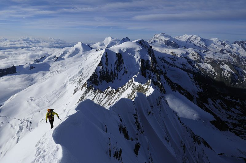 The ascent of the Täschhorn is regarded as long and difficult.