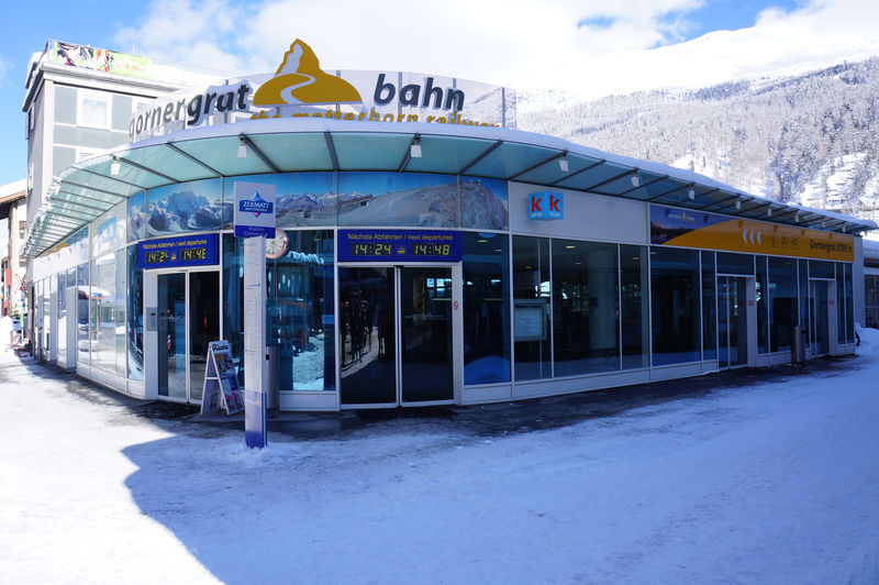 Valley station of the Gornergrat Bahn railway, on Zermatt's Bahnhofplatz: ticket office and platforms.