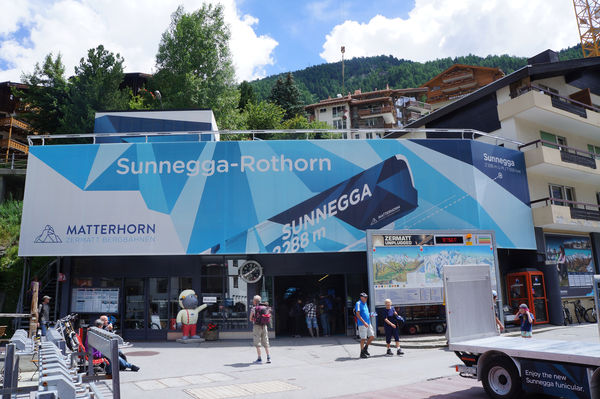Many hikers take Sunnegga funicular for the first part of their outing.
