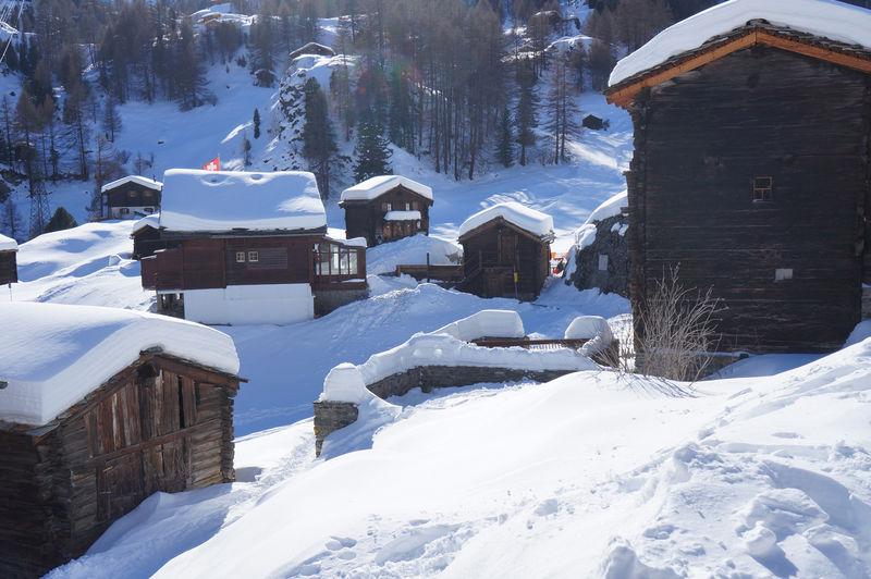 Wie im Wintermärchen: der Weiler Blatten oberhalb von Zermatt.