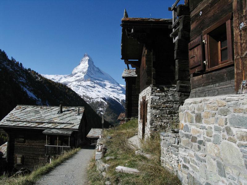 Findeln, en amont de Zermatt, avec vue sur le Cervin.