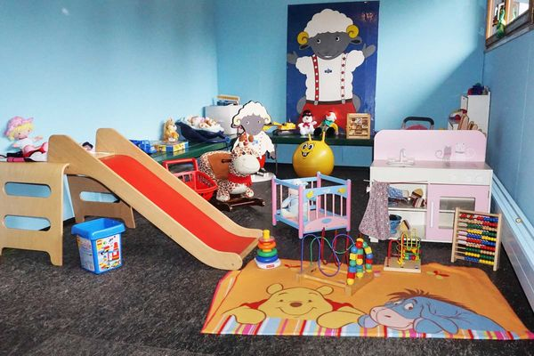 Wolli's playroom is located in the Sportpavillon restaurant in the centre of the village.