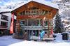 Zermatters offre un service à la clientèle dans les domaines du ski, de l'escalade, de la planche et du vélo.